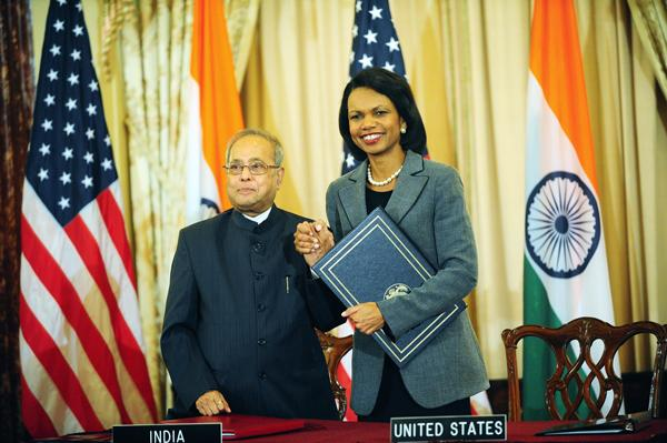 Secretary Condolezza Rice and Indian Foreign Minister Pranab Mukherjee, sign the US-India Civilian Nuclear Cooperation Agreement.